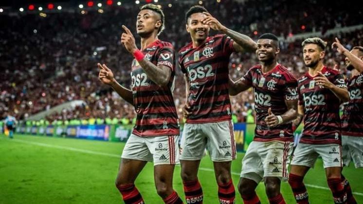 20. Flamengo 4x1 Ceará - 27/11/19 - Primeiro jogo no Maracanã após as conquistas do Hepta e da Libertadores. Maid de 60 mil pessoas foram festejar e prolongar a farra.
