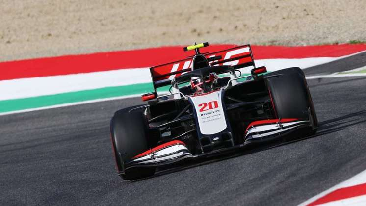 20) Kevin Magnussen (Haas), 1min17s348