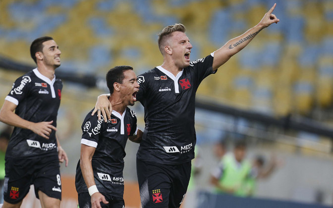 20º - Maxi López - argentino - 21 gols em 49 jogos - clubes que defendeu: Grêmio e Vasco