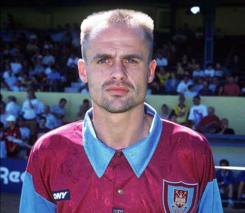 20° - O ex-atacante holandês Marco Boogers chegou ao West Ham em 1995, mas decepcionou, colecionando empréstimos durante os três anos que ficou no clube. Ao todo, foram somente quatro partidas e nenhum gol marcado