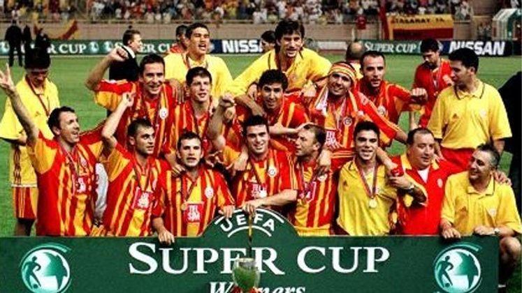 2000 - Os turcos do Galatasaray surpreenderam o Real Madrid: triunfo por 2 a 1.