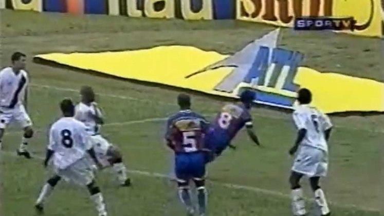 2001 - Friburguense 1x2 Vasco - Campeonato Carioca -  Eduardo Guinle - Gols: Ely Tadeu e Zada / Eduardo Suíço.