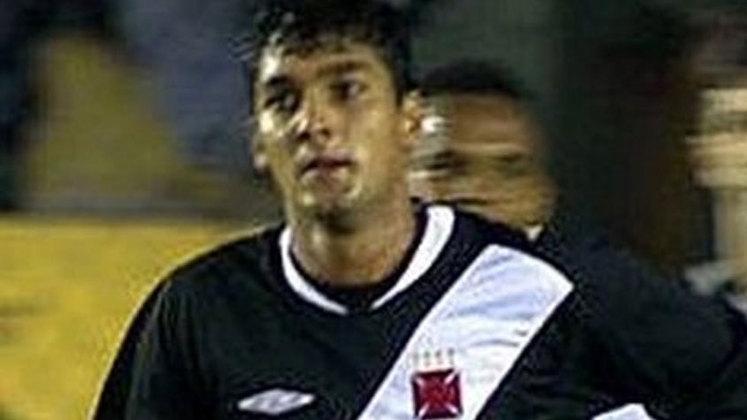 2004 -  Vasco 2x0 Portuguesa - Campeonato Carioca - São Januário - Gols: Anderson e Valdir.