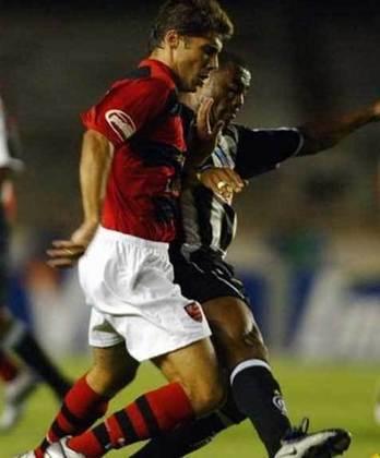 2006 - O primeiro adversário do Flamengo foi o ASA, e a equipe rubro-negra não conseguiu fazer uma estreia boa assim: empatou em 1 a 1.  Ronaldo Angelim foi quem igualou o marcador para o clube, que viria a ser campeão do torneio pela segunda vez esse ano, ao derrotar o Vasco na final.