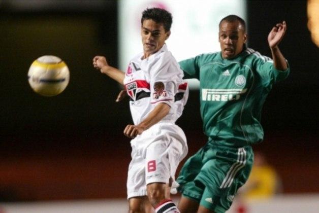 2006 - São Paulo 4 x 1 Palmeiras - Pelo Brasileirão, o São Paulo voltou a bater o Palmeiras no Morumbi com gols de Márcio Careca (contra), Ricardo Oliveira (2) e Alex Dias. Naquela temporada, além da vitória no Paulista, o Tricolor ainda tirou o rival da Libertadores.