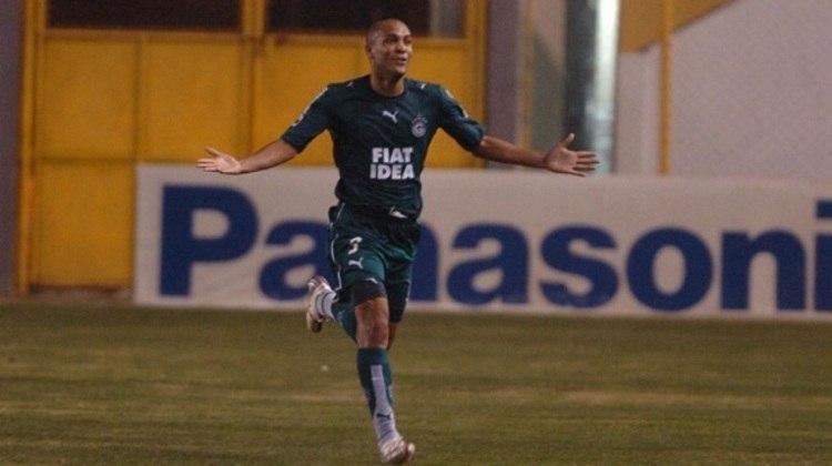 2006 - Souza - Goiás - 17 gols