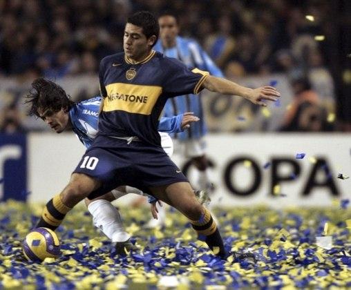 2007: Étoile du Sahel 0 x 1 Boca Juniors - O Boca Juniors sofreu para passar do Étoile du Sahel na semifinal do Mundial, pois os argentinos abriram o placar com Neri Cardozo e a partir daí, o jogo ficou equilibrado e as duas equipes passaram a criar chances de gols, entretanto o Boca foi superior e garantiu a vaga na final. diante do Milan