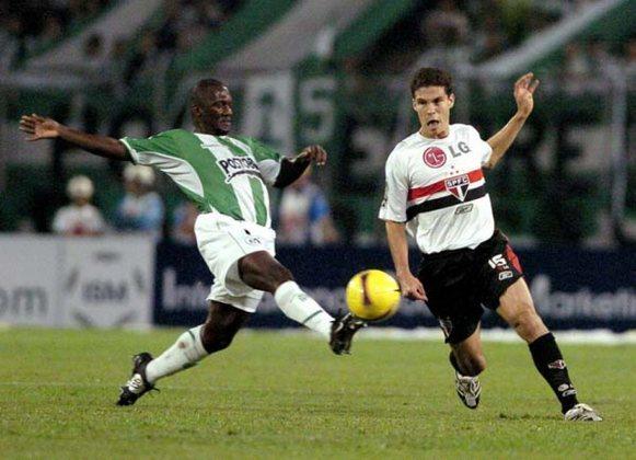 2008 - Atlético Nacional (COL) 1 x 1 São Paulo - Outro empate na estreia da Libertadores. Córdoba abriu para os colombianos, mas Miranda empatou.