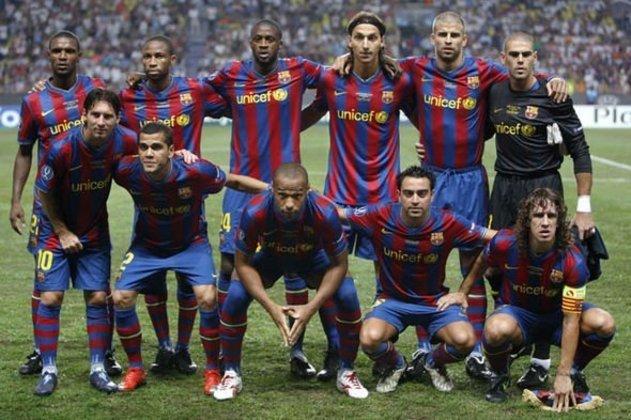 2009/10 - Primeiro no Grupo F - Eliminado nas semifinais para a Inter de Milão