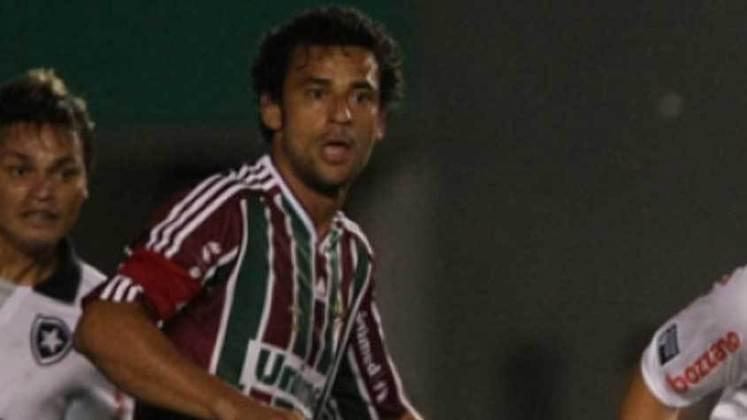 2010 - Fluminense 2 x 1  Botafogo, pelo Carioca - Fred marcou um lindo gol de voleio contra a sua maior vítima na carreira. O atacante é carrasco do rival e já marcou 18 gols contra o Alvinegro.