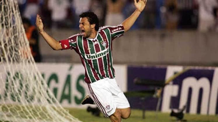 2010 - Fluminense 3 x 2 Portuguesa, pelo Carioca - Fred marcou o seu primeiro Hat-Trick com a camisa Tricolor.