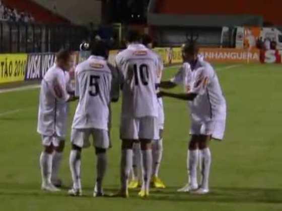 2010 - Santos 9 x 1 Ituano - Uma das primeiras grandes partidas de Neymar, Robinho e cia. O Peixe começou perdendo, mas virou e deu show com André (3), Ganso (2), Madson (2), Maikon Leite e Zé Eduardo.
