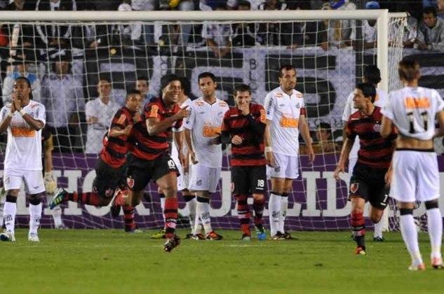 2011 - Com Ronaldinho Gaúcho liderando o bonde do