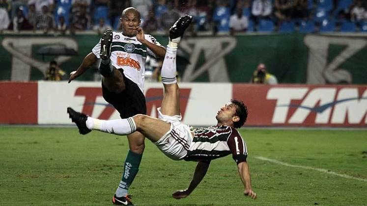 2011 - Fluminense 3 x 1 Coritiba, pelo Brasileirão - Em mais um hat-trick, Fred marcou um lindo gol de bicicleta, um dos mais belos de sua carreira com a camisa do time das Laranjeiras.