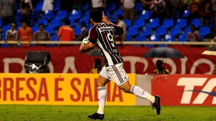 2011 - Fluminense 5 x 4 Grêmio, pelo Brasileiro - Com uma campanha irregular no início, o Fluminense deu uma arrancada e chegou a disputar o título. Em uma das partidas mais emblemáticas da campanha tricolor, Fred simplesmente marcou quatro gols no duelo recheado de viradas.