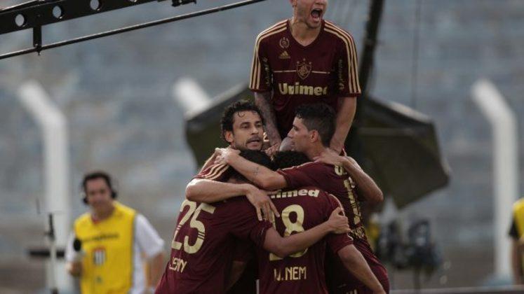 2012: DIFERENÇA: 11 PONTOS. 1º: Fluminense – 65 pontos – 19 vitórias, oito empates, duas derrotas/ 2º: Grêmio – 56 pontos – 17 vitórias, cinco empates, sete derrotas.
