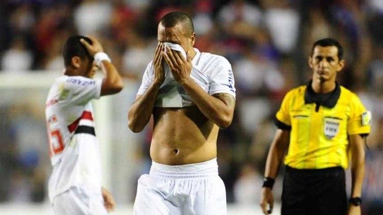 2012 - Semifinal - Coritiba: o Tricolor foi eliminado nas semis daquele ano pelo Coxa. Venceu a ida por 1 a 0, mas perdeu o jogo da volta pelo placar de 2 a 0.