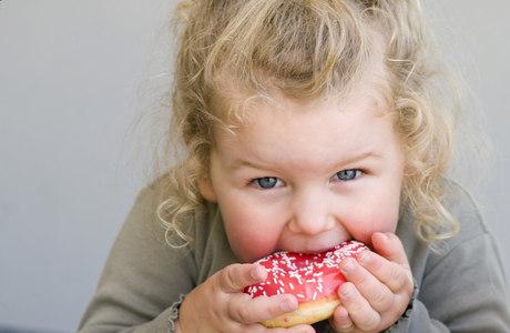 Crianças obesas e com sobrepeso apresentam maior pressão arterial e concentração de colesterol e de triglicérides no sangue