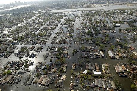 Furacão Katrina é considerado o desastre natural mais caro da história dos EUA