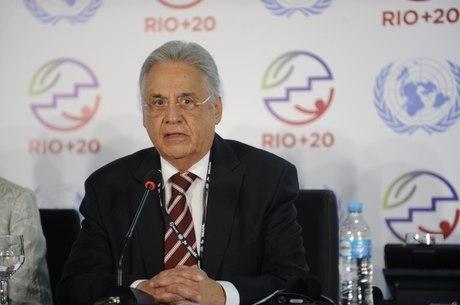 FHC diz que já propôs reforma política quando era presidente
