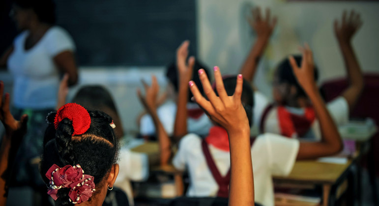 Cuba só deve voltar as aulas presenciais no ano letivo de 2013-2024
