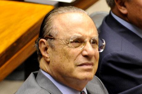 Paulo Maluf foi condenado na França