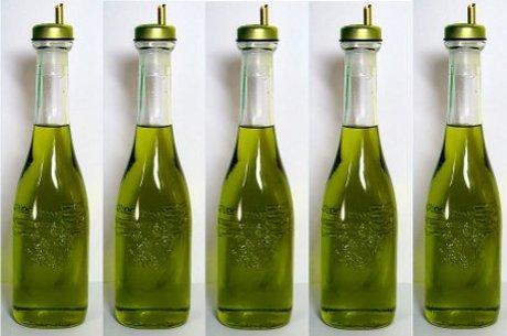 Dieta é complementada com azeite de oliva virgem
