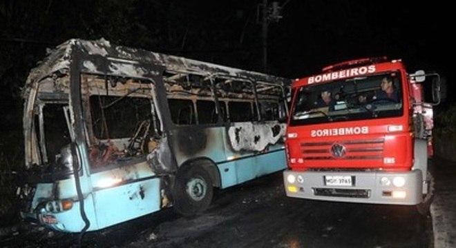 De acordo com dados da Polícia Militar, 18 ônibus já foram incendiados