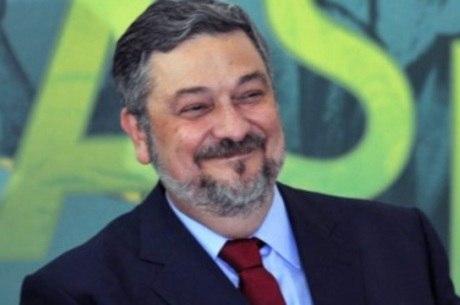 Preso desde setembro de 2016, Palocci acusa Mantega