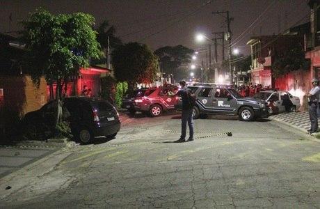 Troca de tiros acaba com adolescente morto na zona oeste