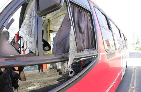 Motorista de lotação morreu após ser baleado dentro do coletivo, na zona leste de SP, na madrugada desta quinta-feira (6)