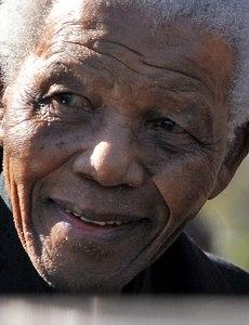 Líder sul-africano mudou a história de seu país e do mundo ao lutar contra o apartheid
