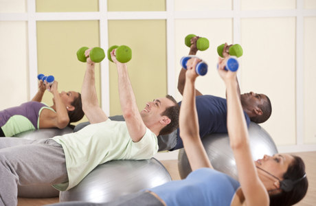 Estudos mostram que o corpo pode se adaptar ao horário do dia em que o praticante escolher para os exercícios físicos
