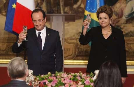 O presidente francês, François Hollande, destacou no discurso realizado no jantar os laços históricos que unem a França e o Brasil