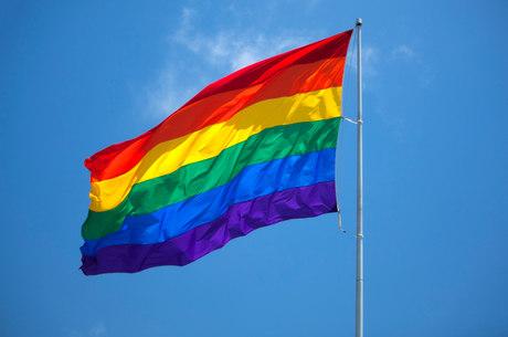 MP regulamenta uso do nome social por travestis e transexuais