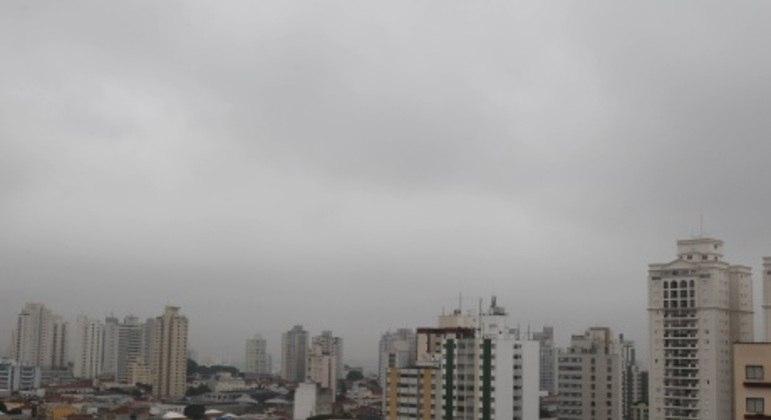 Temperaturas caem nesta quarta-feira (31) em São Paulo