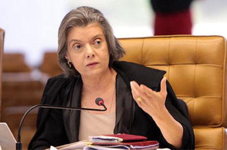 Cármen Lúcia discurso com reflexão sobre o papel do Judiciário