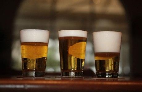 Estudo afirma que quem consome álcool faz mais exercícios