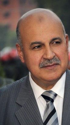 O vice-presidente egípcio, Mahmoud Mekki, que renunciou neste sábado