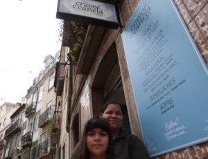 Nilzana Ribeiro, de 40 anos, dona de um café em Portugal