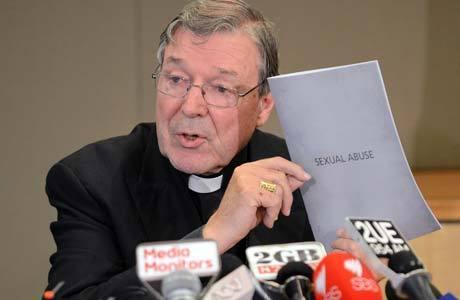 Pell durante coletiva de imprensa em novembro sobre os casos de abuso sexual na igreja