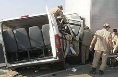 Motorista do caminhão fez o teste do bafômetro e foi comprovado que ele tinha ingerido bebida alcoólica