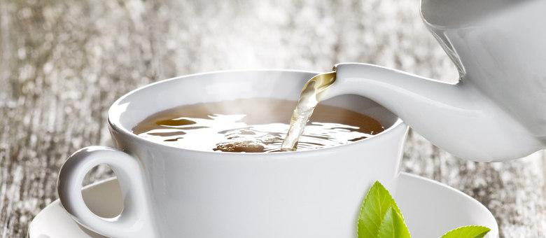 Mulheres que bebem regularmente chá verde por pelo menos 20 anos tinham 27% menos probabilidade de desenvolver câncer