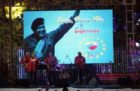 Presidente venezuelano Hugo Chávez foi homenageado até na Nicarágua