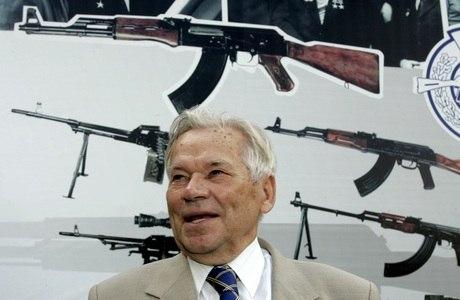 Mikhail Kalashnikov em 2007