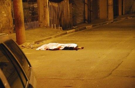 Homem é morto a tiros ao ser baleado na zona sul de SP