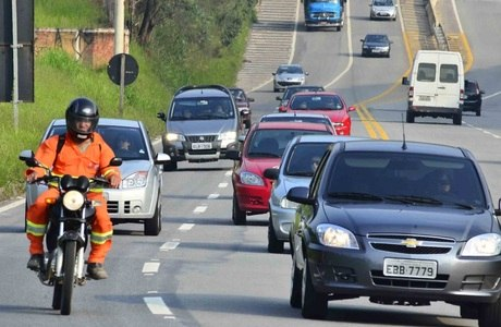 Movimento deve ser intenso nas estradas na sexta-feira (28) e no sábado (29)