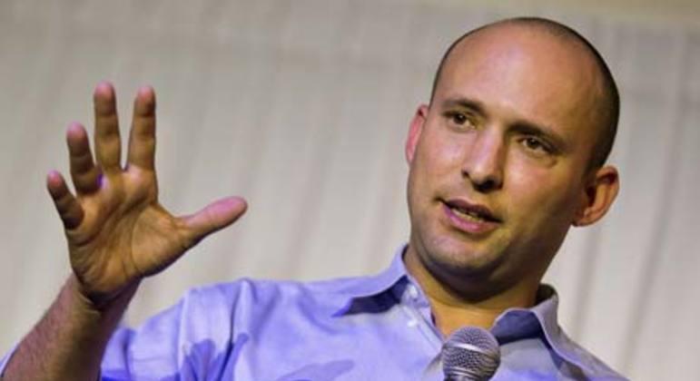 Naftali Bennett substitui Netanyahu como primeiro-ministro