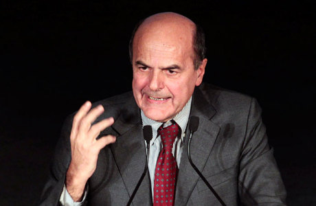 Líder de centro-esquerda Pier Luigi Bersani é o favorito entre os italianos para liderar o próximo governo