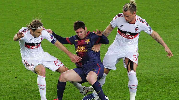 2012/13 - Primeiro no Grupo G - Eliminado nas semifinais para o Bayern de Munique